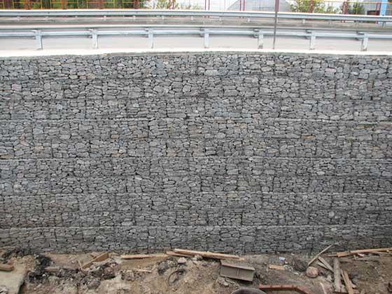 строительство дешевого дома из цементогрунта