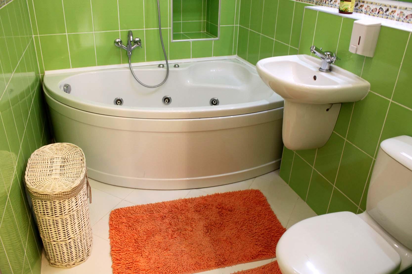 Эротика в ванной комнате смотреть онлайн групповое 23 фотография