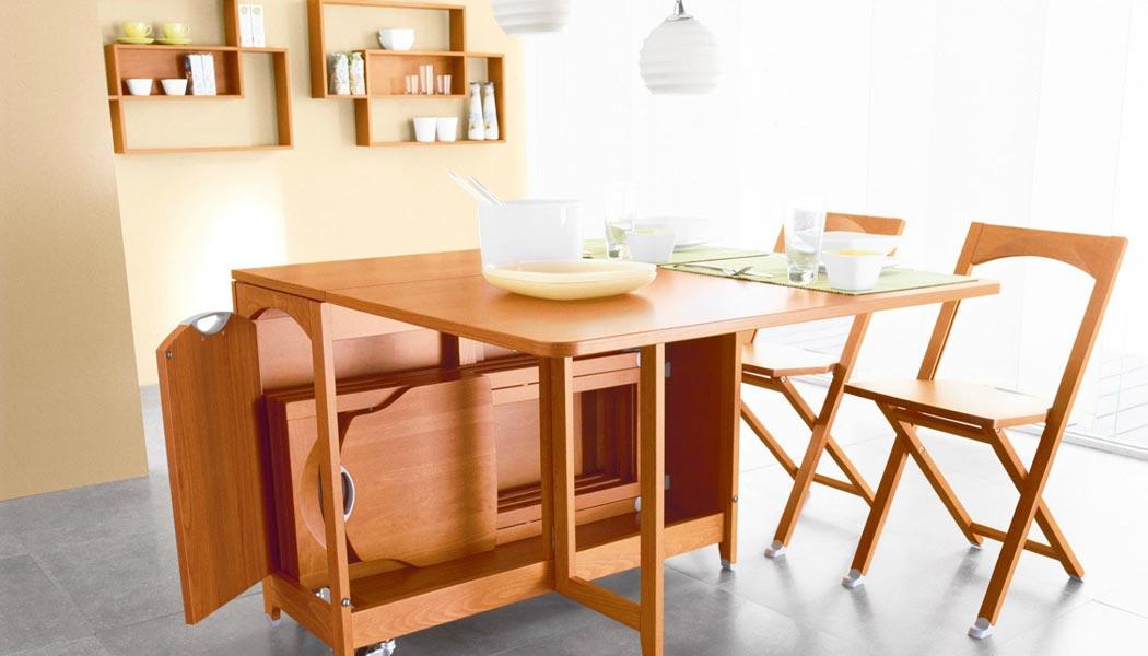 удобный кухонный стол