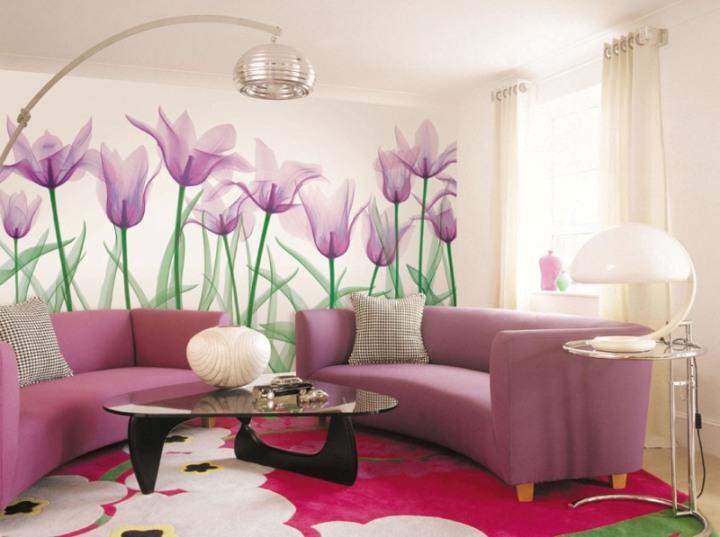 Цветочные фотообои в интерьере гостиной