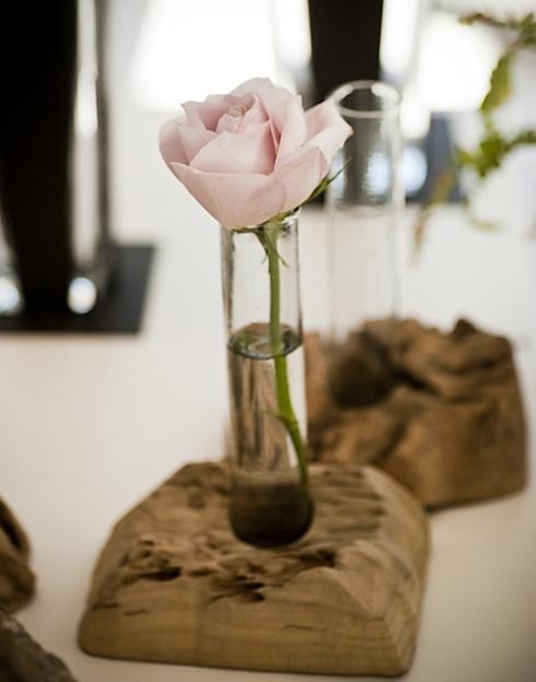 ваза на пеньке