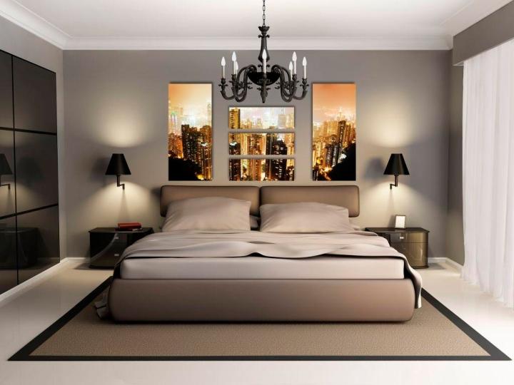 Постер с видом на город в интерьере спальни