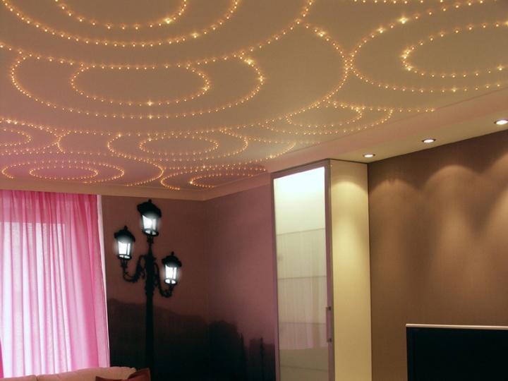 Натяжной потолок с оптволоконной подсветкой
