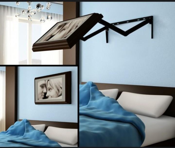 Телевизор в спальне на поворотном кронштейне