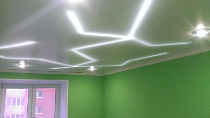 Красивая подсветка потолка из гипсокартона