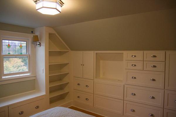 attic-bedroom-95