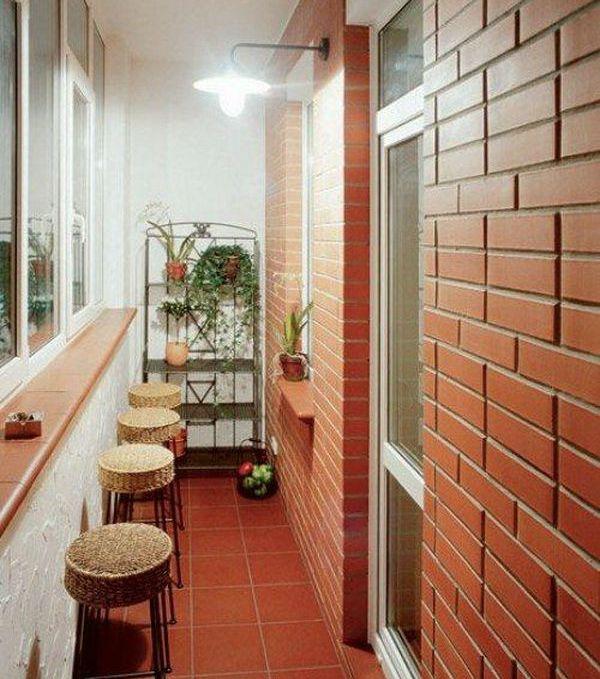 Обустройство лоджий и балконов внутри.