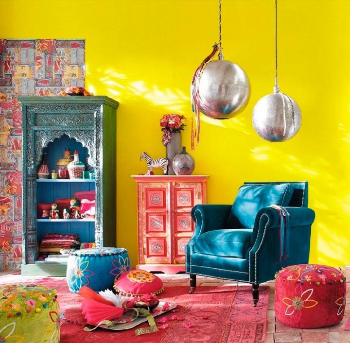 Яркие цвета в индийском интерьере