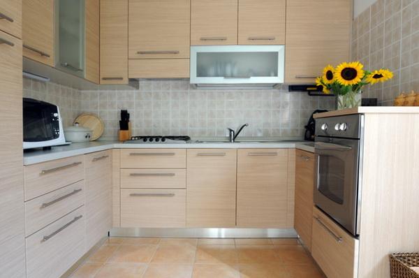 Цвет капучино в интерьере кухни