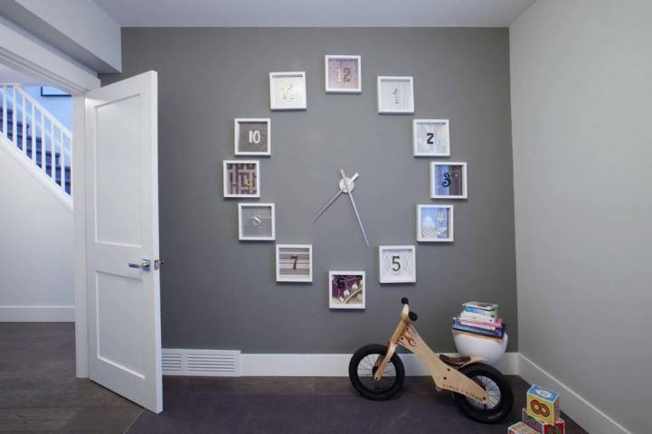 Часы из фотографий в детской