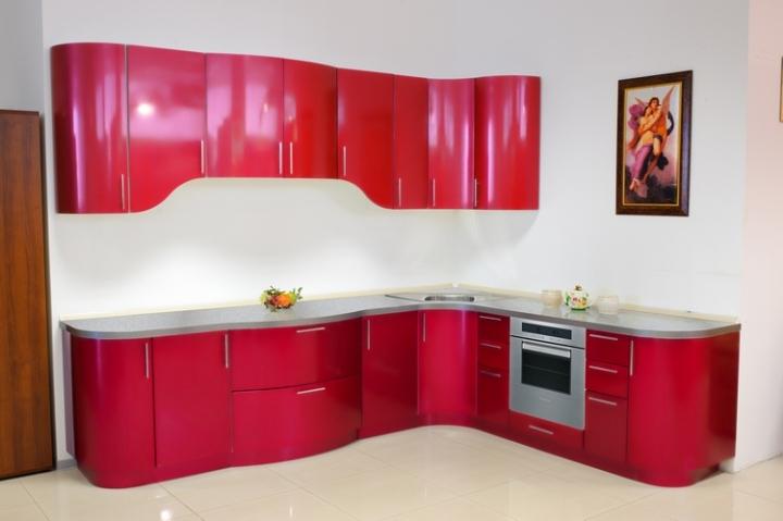 Кухня красный металлик
