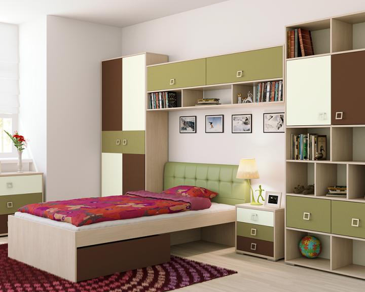 Неяркий гарнитур для детской комнаты