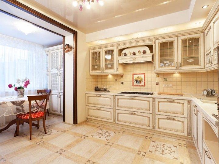 Шкаф для кухонной утвари на лоджии