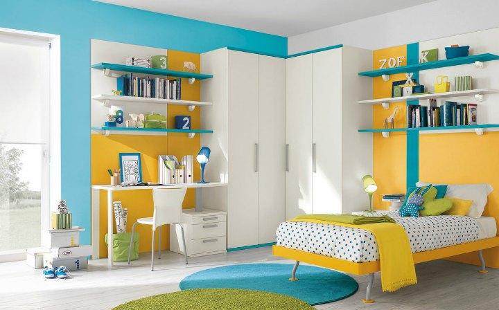 Желто-голубая детская комната