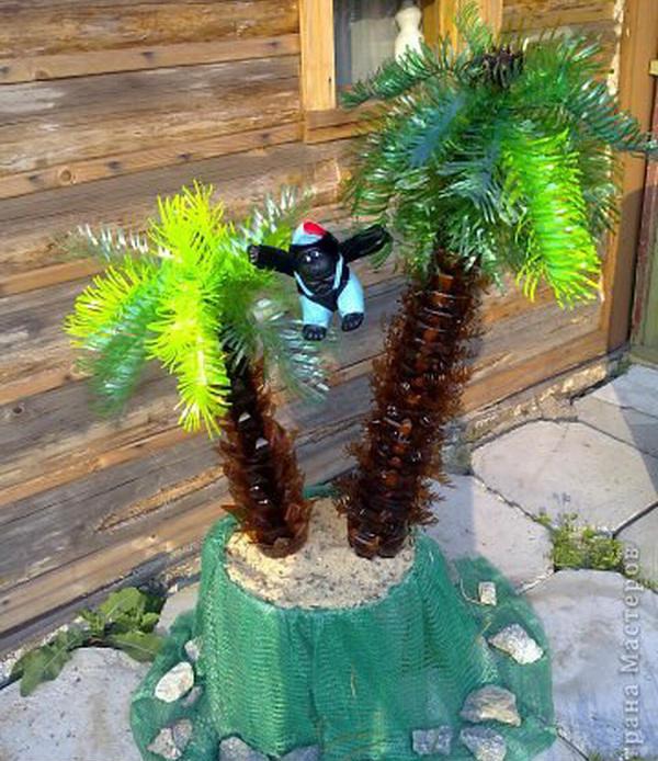Оформление пальмы из пластиковых бутылок