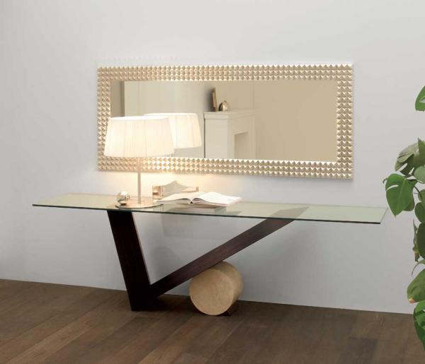 console-table_4