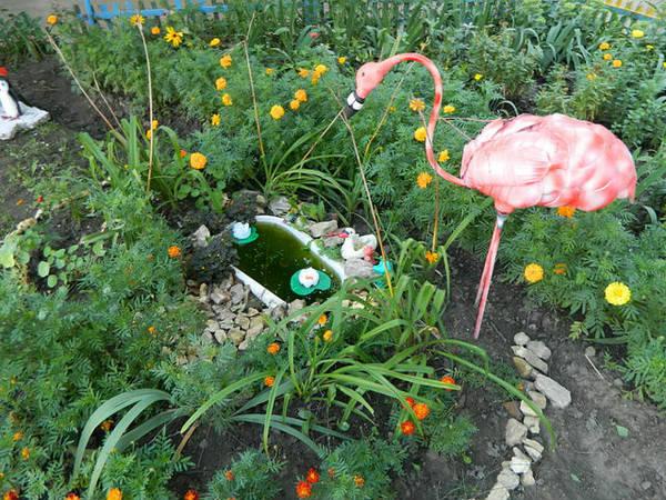 flamingo-iz-plastikovix-butilok_3