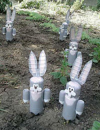 Как сделать зайца своими руками из пластиковых бутылок