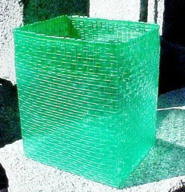 korzina-iz-plastikovix-butilok_0