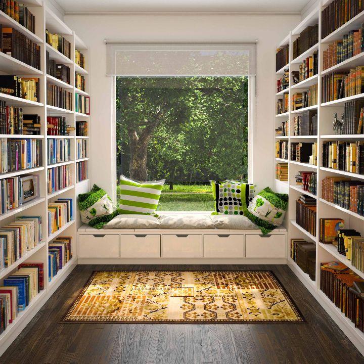 Место для чтения на подоконнике