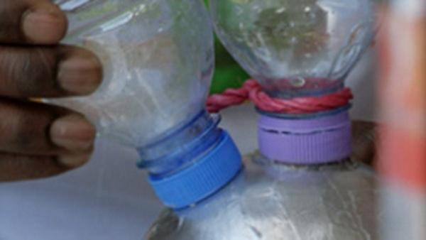 Как из пластиковой бутылки сделать сосульку
