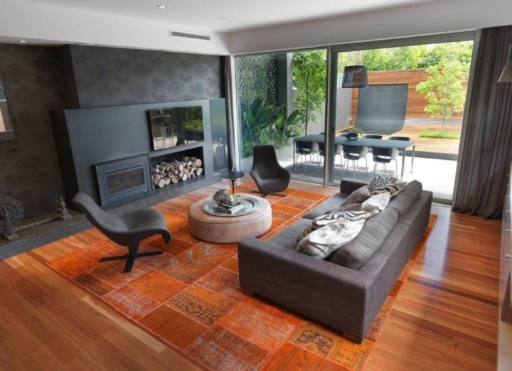 Оранжево-черная гостиная