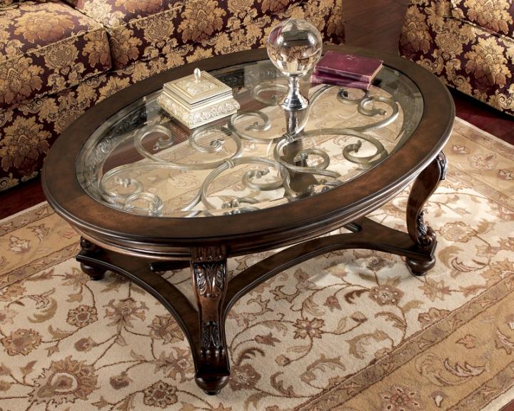 Журнальный столик с элементами ковки и стеклянной столешницей