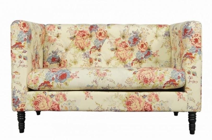 диван в цветочек прованс
