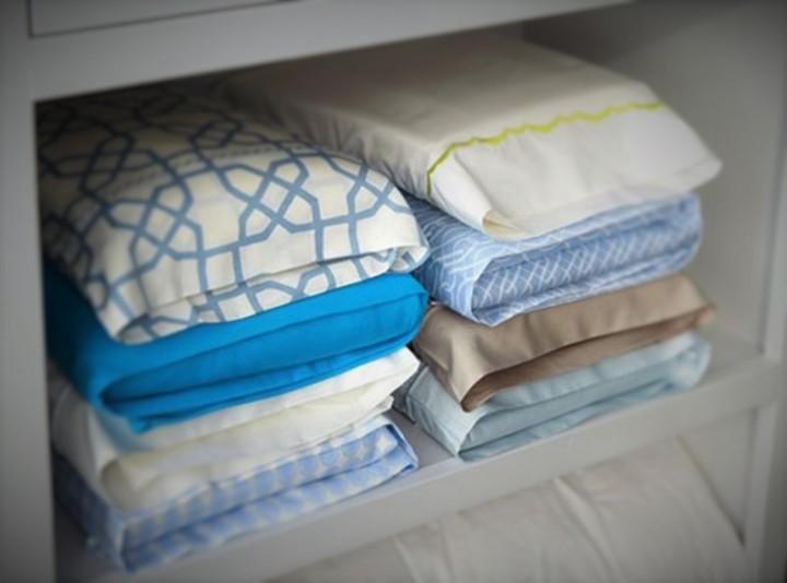 Как складывать постельное белье