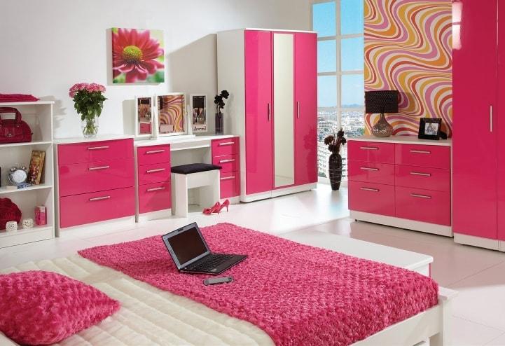 Ярко-розовый плюс белый