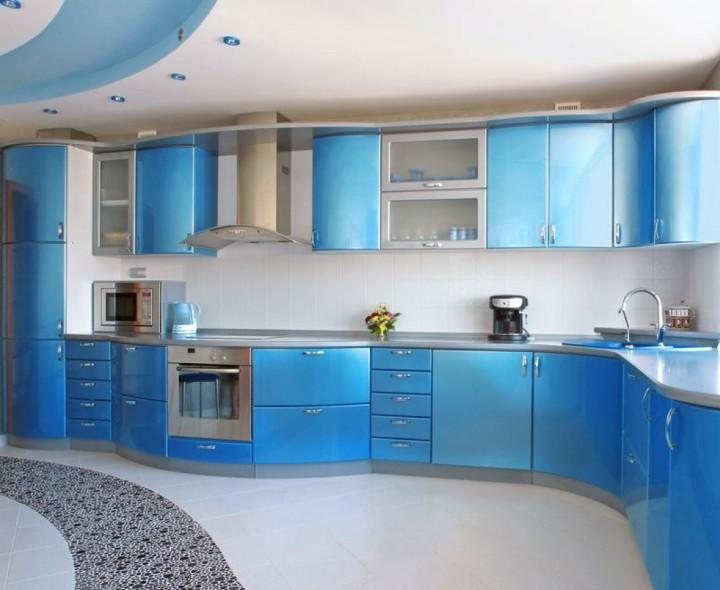 Красивая синяя кухня в стиле хай-тек