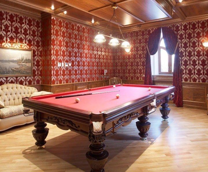 Дизайн бильярдной комнаты: стиль интерьера, освещение, мебель
