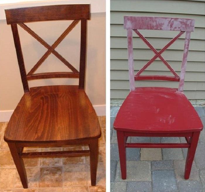 Два скромных старых бабушкиных стула